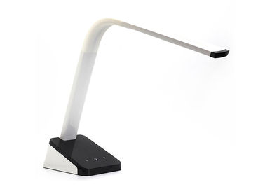 China Max Studio Home Touch Sensor Table Lamp , Usb Dimmable Led Battery Operated Light distributor
