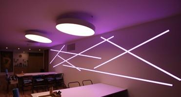 Changeable RGB Color NEON LED Strip With IC Built - In 5050 Strip CE Approved